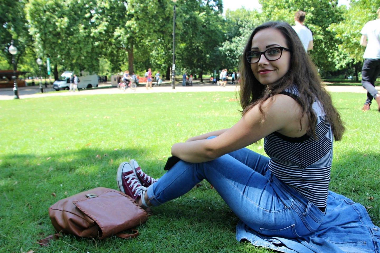 Karinka v parku